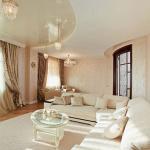 Классическая гостиная светлые стены